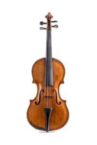 Violino modelo Jacobus Stainer (EM-UFRJ Museu Instrumental Delgado de Carvalho)