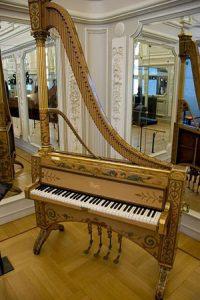 Piano Harpa